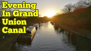 Evening In Grand Union Canal / Peaceful Moments