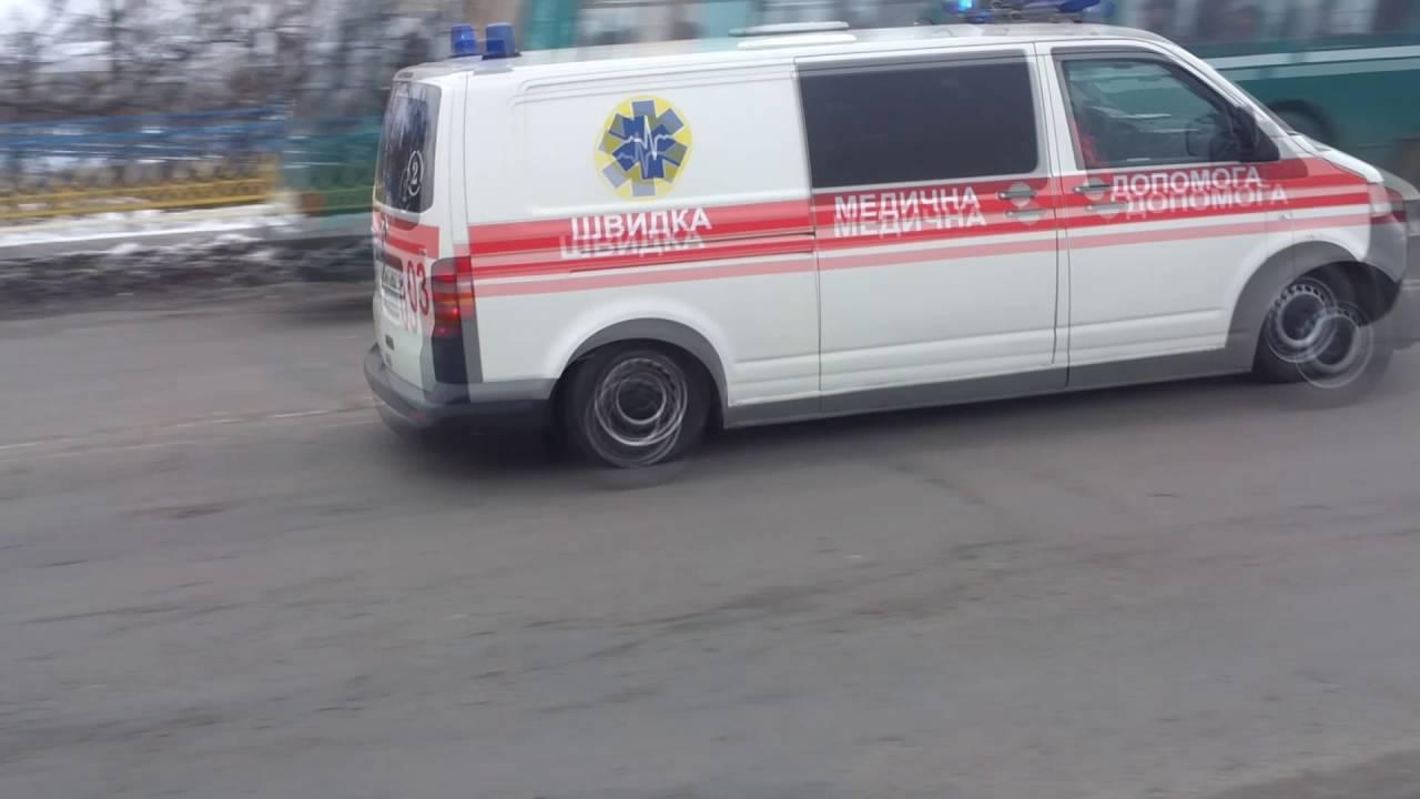 Фольксваген Т5 ШМД | VW T5 Ambulance responding