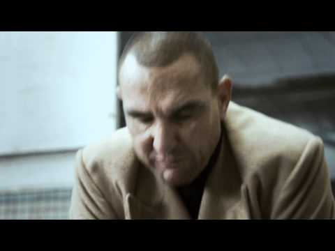 Vinnie Jones' hard and fast Hands only CPR.