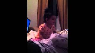 Video Susu putting mama to sleep. download MP3, 3GP, MP4, WEBM, AVI, FLV Desember 2017
