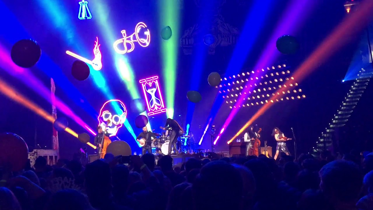 The Avett Brothers - New Year's Eve - Talk on Indolence - PNC Arena, Raleigh, NC 12/31/17 - YouTube