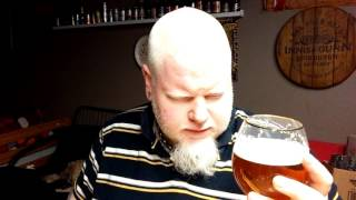 Junction Craft Brewery Wet Hopped Imperial Pilsner : Albino Rhino Beer Review