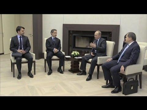 Nicolas Sarkozy rencontre Vladimir Poutine en Russie