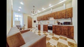 Рубинштейна 22. Трехкомнатная квартира для посуточной аренды в самом центре Санкт-Петербурга