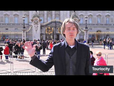Simon Whitehouse- Buckingham Palace   Touriocity