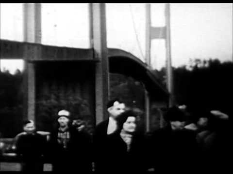 Tacoma Bridge Collapses (1940)