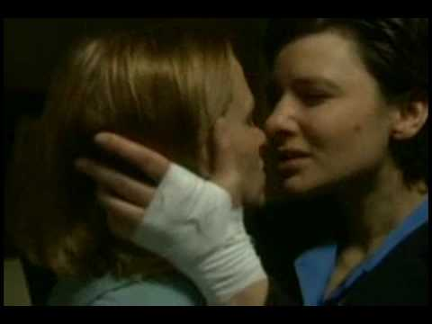 "!!BAD GIRLS UK, THE L WORD, XENA & WHEN NIGHT IS FALLING ""KISS FOREVER""!!"