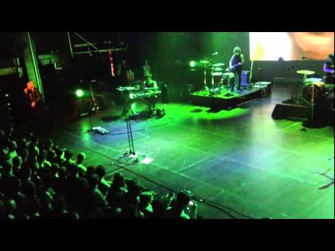 Cat Power - Human Being (Ancienne Belgique 6/06/2013)