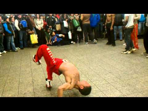 NYC Subway Break Dance- HD