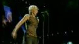 Annie Lennox SWEET DREAMS 46664 Live 3/2005 (9/9)