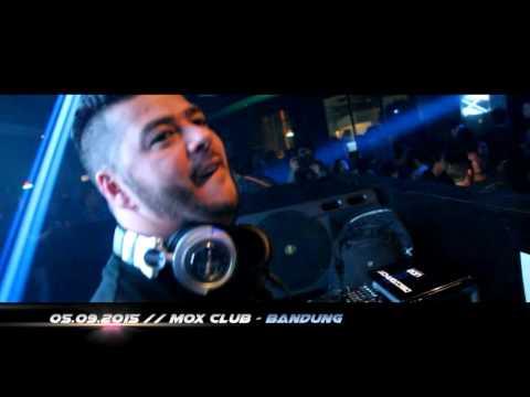 DJ Mr.PIT feat AdinaButar CLASOUNDSATION Mox Club   Bandung