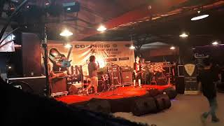 Senyuman Ibu - Masakan Mama Band From UKM Band Unmul live at Coaching clinik Guitar