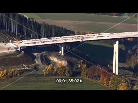 Talbrücke Nuttlar der BAB Bundesautobahn A46 bei Bestwig in Nordrhein-Westfalen