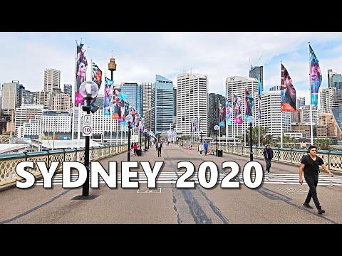 Walking To SEA LIFE Sydney Aquarium, WILD LIFE Sydney Zoo & Madame Tussauds - Darling Harbour SYDNEY