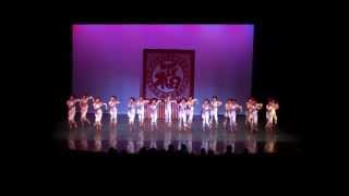 Very Cute! Chinese Dance - Paper Cut Girls 剪纸姑娘 - Michael J. Fox Theatre