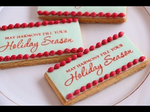 Stamping Onto Fondant- Decorating Hacks- Rosie's Dessert Spot