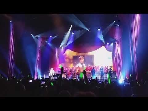 Barry Manilow LIVE 2.1.18 @ The Pavilion at The Toyota Music Factory in Irving, TX. (Dallas).