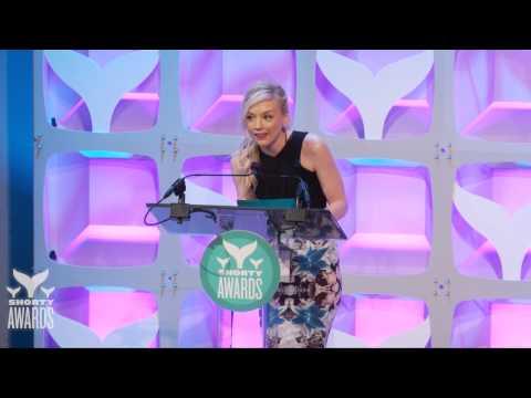 Taylor Swift Web wins the Best Fansite Shorty Award