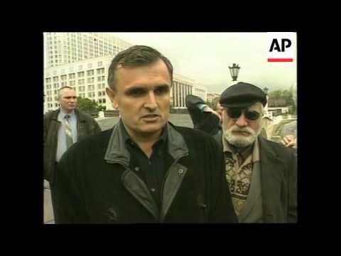 RUSSIA: MOSCOW: IRISH PM AHERN MEETS VLADIMIR PUTIN (V)