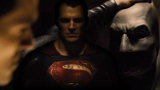 Batman v Superman new footage teases intense standoff - Collider
