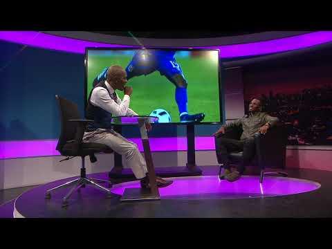 Thomas Mlambo chats to footballer Teko Modise