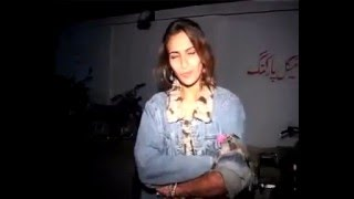 Repeat youtube video Karachi Drunk Girl Caught by Police