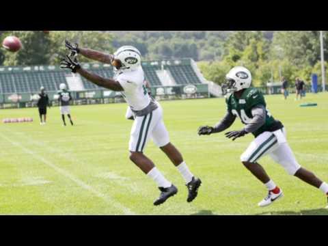 Rapid Reaction: Jets Darrelle Revis, Brandon Marshall get physical