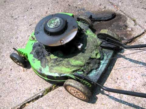 Lawn Boy 4 0 Hp 2 Stroke Mower Consumed By Fire With Flames Four Feet High