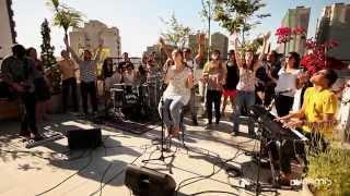 Laura Souguellis & Sozo - Quem é como o Senhor (Fornalha Dunamis / Outubro 2013)