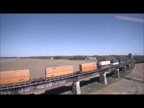 Drone video of the CSX Railroad Bridge over the Ohio River at Henderson, KY