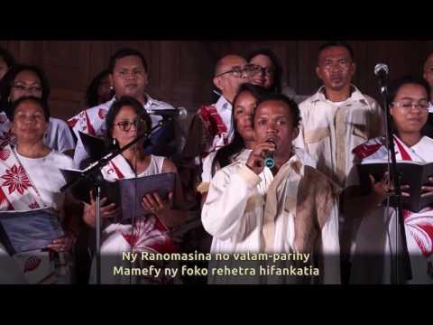 Chorale Fiderana & Tarika Ndriana Ramamonjy - Nosy Tanindrazako