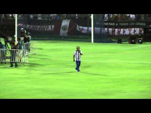 Show de Melcochita en La Noche Blanquiazul 2013 En Vivo; Alianza Lima vs U. Sucre ; 05.02.2013 HD