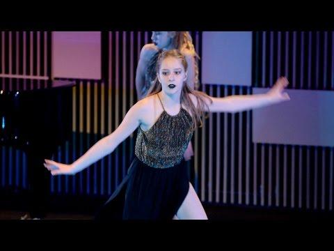 Castle - Halsey stunning dance performance | KKA 2017