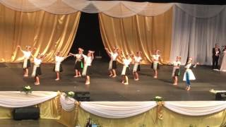 Hmong St. Paul MN new year 2017 nkauj hmoob dancing