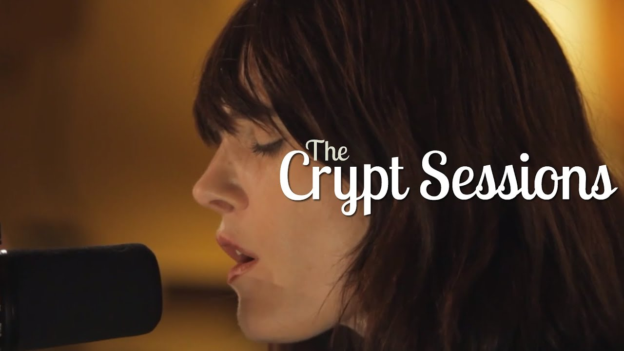 sarah-blasko-an-arrow-the-crypt-sessions-the-crypt-sessions
