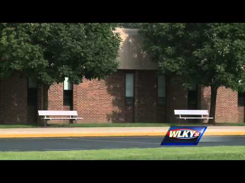 Seymour teacher accused of inappropriate relationship with student