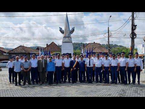 Ziua Aviaţiei Române şi a Forţelor Aeriene sărbătorită la Mediaș | novatv.ro