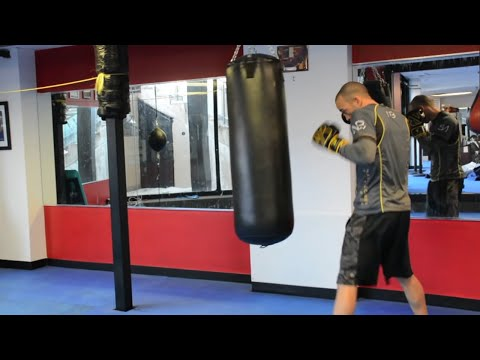 Ultimate 20 Minute Heavy Bag Workout  Round 1