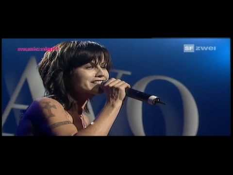 Dolores O'Riordan (Cranberries) - Ode To My Family (2007) Basel, Switzerland