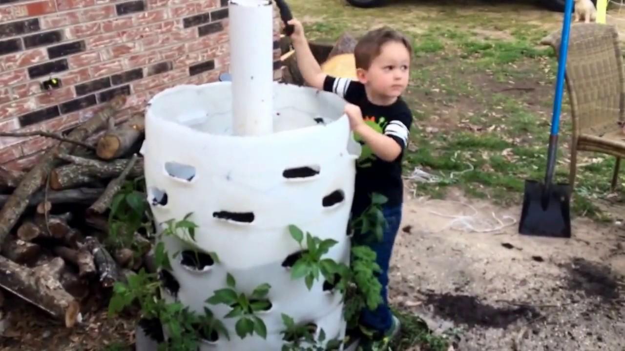 How To Build A Vertical Garden Using A 55 Gallon Drum Or Barrel.