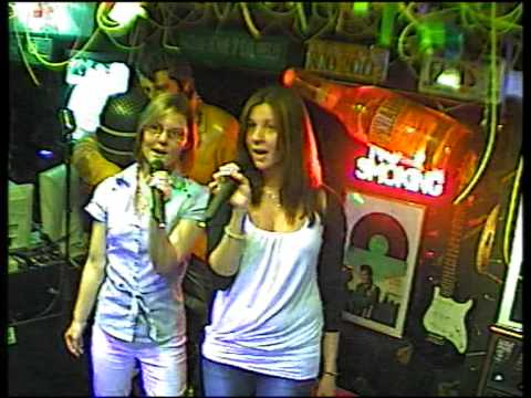 Nati & Lisa singen Life for rent  im Karaoke Fun Pub Stuttga
