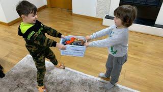 Yusuf ve Fatih selim ben10 oyuncakları paylaşamadılar🥵