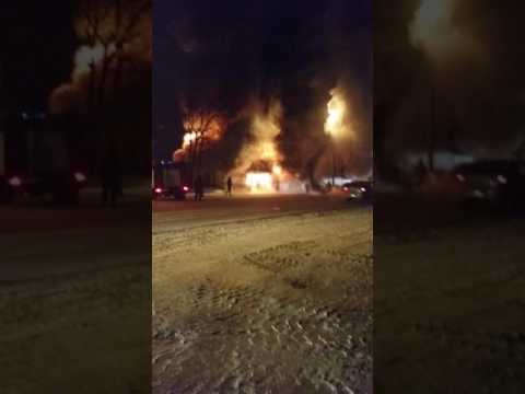 Сгорел автосервис в Самаре