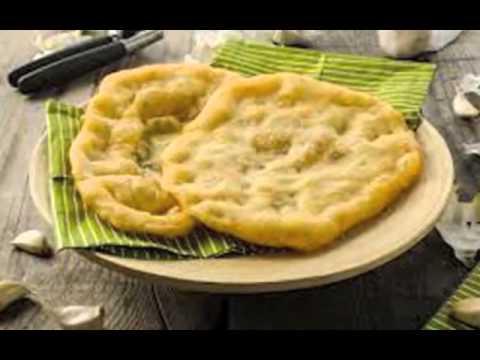 traditionellen rezepten werden die langosch auch mit gekochten kartoffeln christian langos. Black Bedroom Furniture Sets. Home Design Ideas
