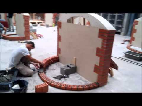 Réalisation d'un mur avec fontaine en maçonnerie