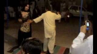 Download Video amjid dance (zulfe d lehrao) MP3 3GP MP4