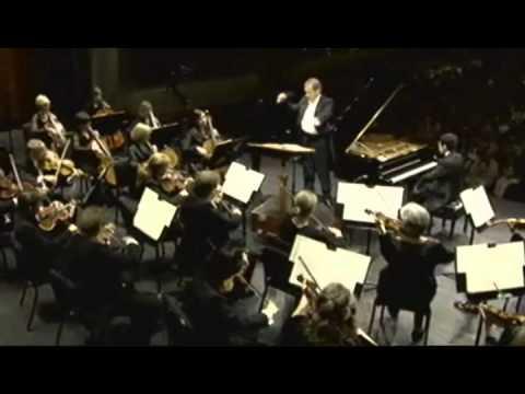 Haochen Zhang playing Mozart Concerto D.466 Mvt.I