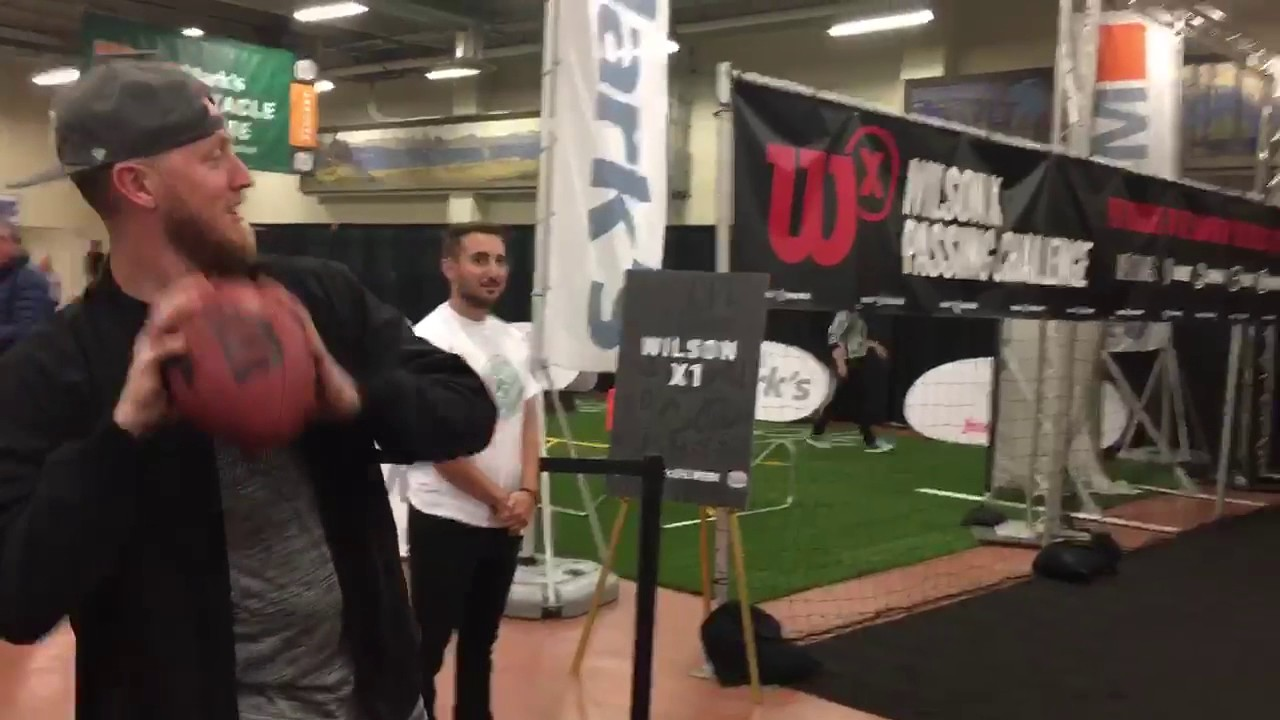 Bo Levi Mitchell Throws at Marks CFL Week