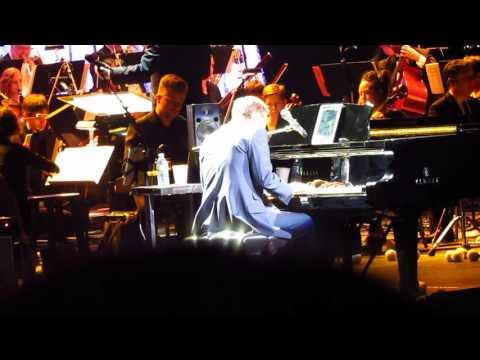 Michael W. Smith - It's A Wonderful Christmas (Live From Portland, Oregon, On November 20, 2016)