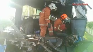 At least 8 factory workers dead in 2-bus collision on NSE